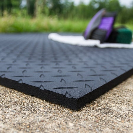 Top 5 Cow Mats Reviewed Because Of Benefits They Are A