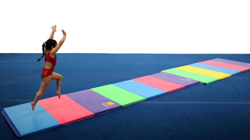 7 Best Tumbling Mats – How To Choose The Perfect One