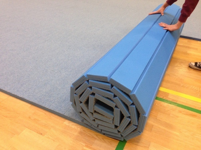 Top 5 Cheerleading Mats On The Market With Pros And Cons Reviewed