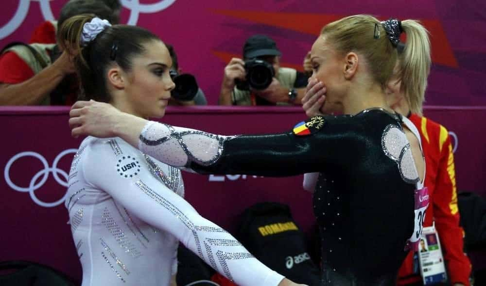 Vault gymnastics mckayla maroney Silver Medal After Winning Silver In The Vault Maroney Was Photographed Standing On The Podium With Very Noticeable Sidepout On Her Face Findmatscom An Amazing Journey Through Mckayla Maroneys Career Multiple Gold