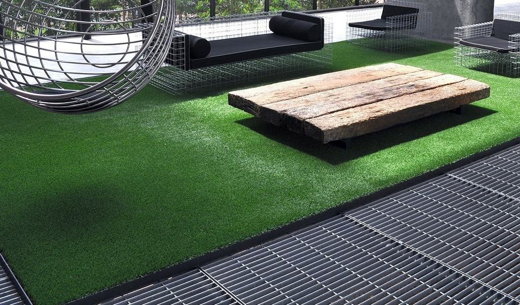 How to Clean Artificial Grass Mats