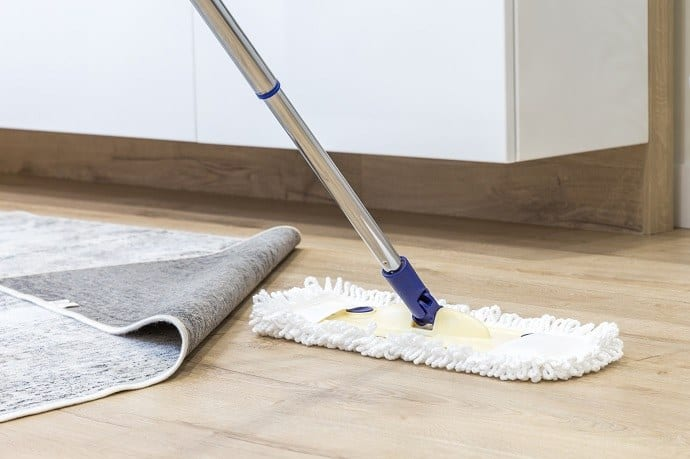Benefits of Using a Microfiber Mop