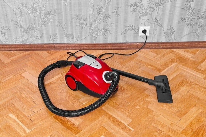 Best Vacuums For Hardwood Floors For Easy Amp Scratch Free