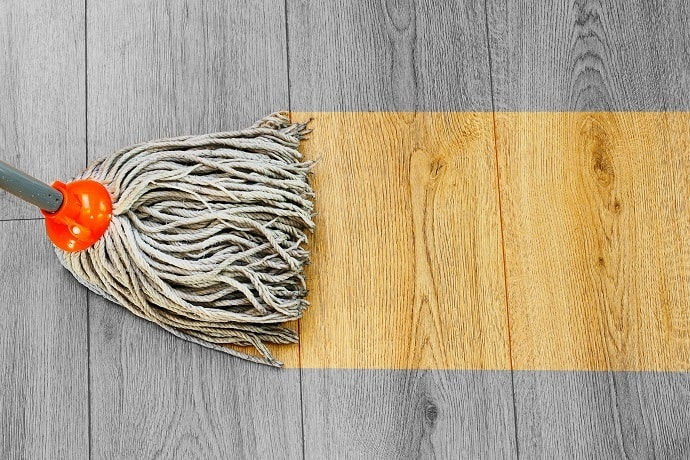 What Is a Mop and Benefits of Using It On Laminate Floors