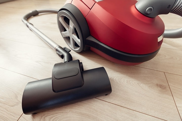 Carpet Vacuum Cleaner on Laminate