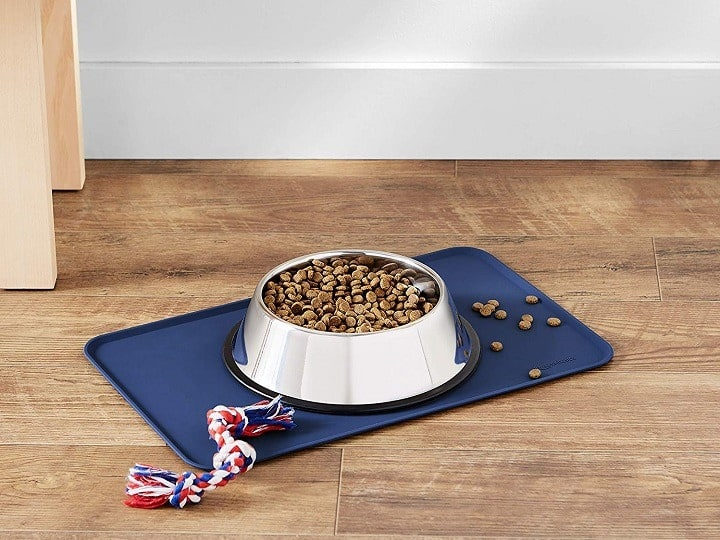 What is a Dog Food Mat