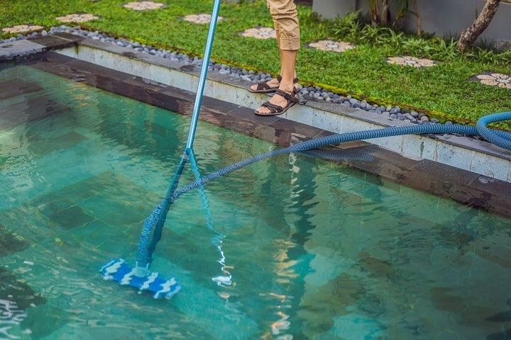 Pool Vacuum Prevents Algae and Bacteria Growth