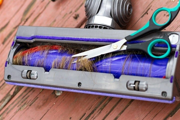13 Best Vacuums for Long Hair – Fast & Tangle Free Cleaning
