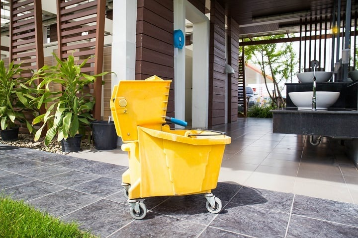 11 Best Mop Buckets That Make Floor Cleaning Task Effortless