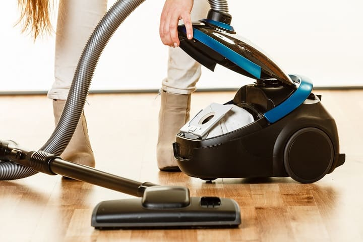 Best Lightweight Vacuum - Bagged or Bagless