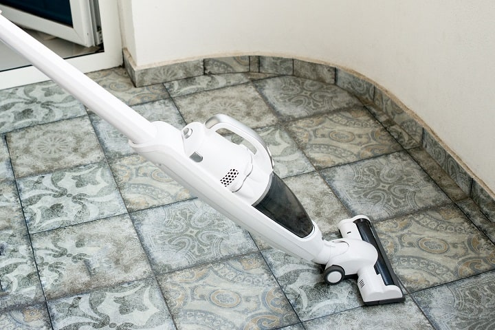 How Does a Cordless Vacuum Work